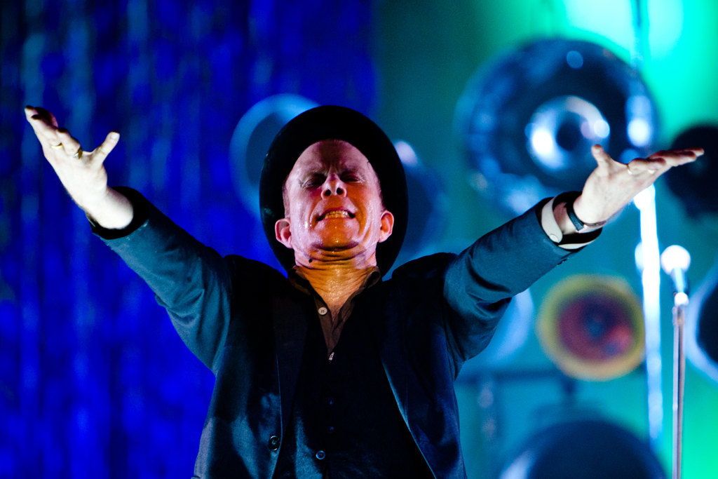 Tom Waits – Pagan Priest