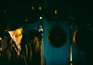 Tom Waits – Leaving the stage