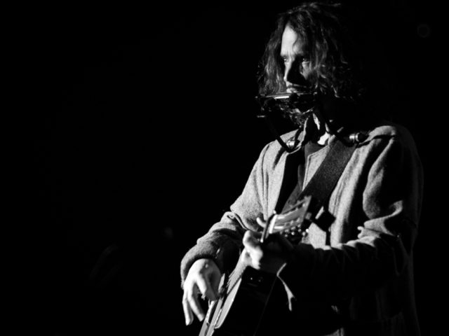 Chris Cornell – Portrait in black & white