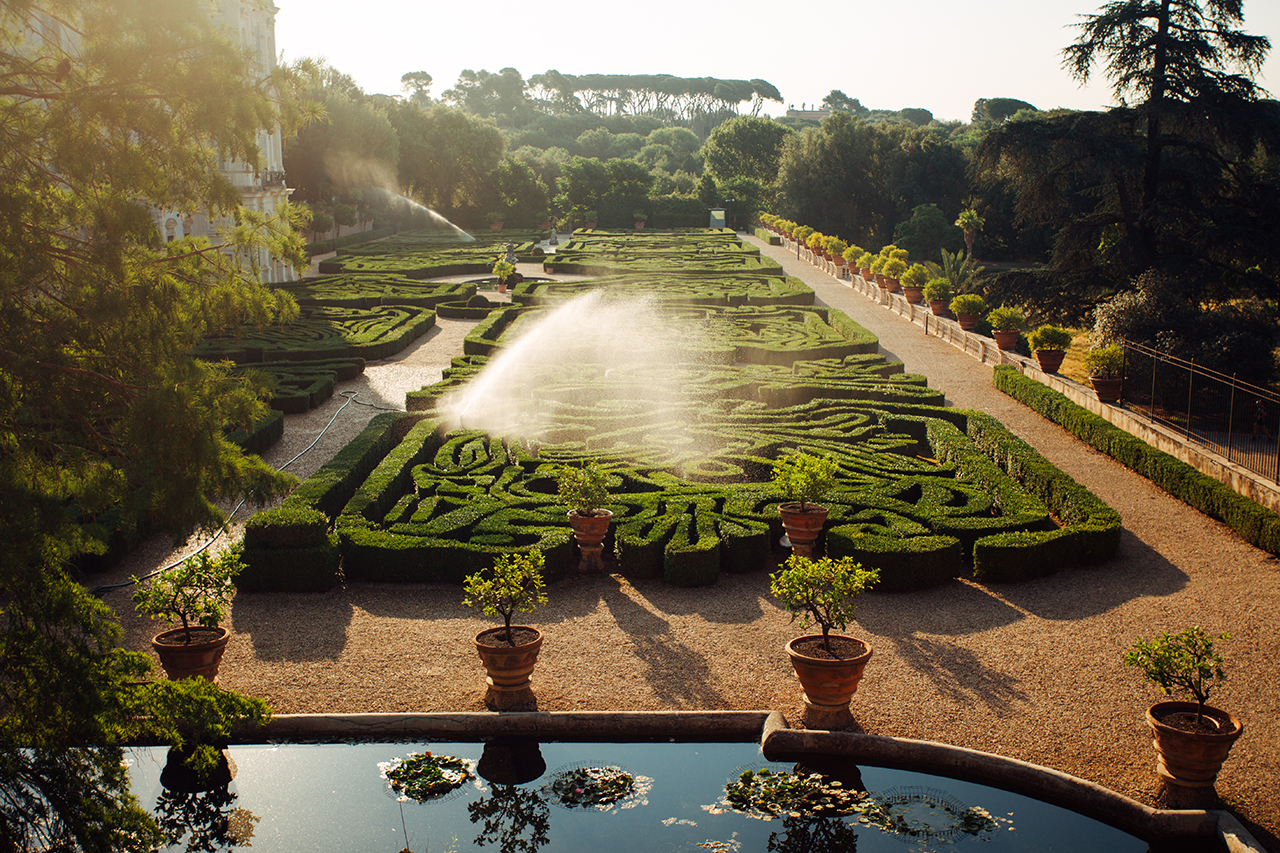 villa pamphili garden sunrise