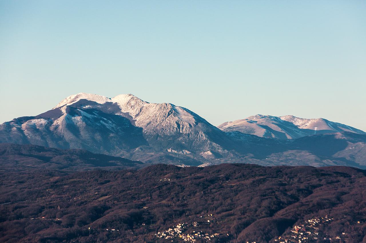 monti alpi e raparo da rotonda