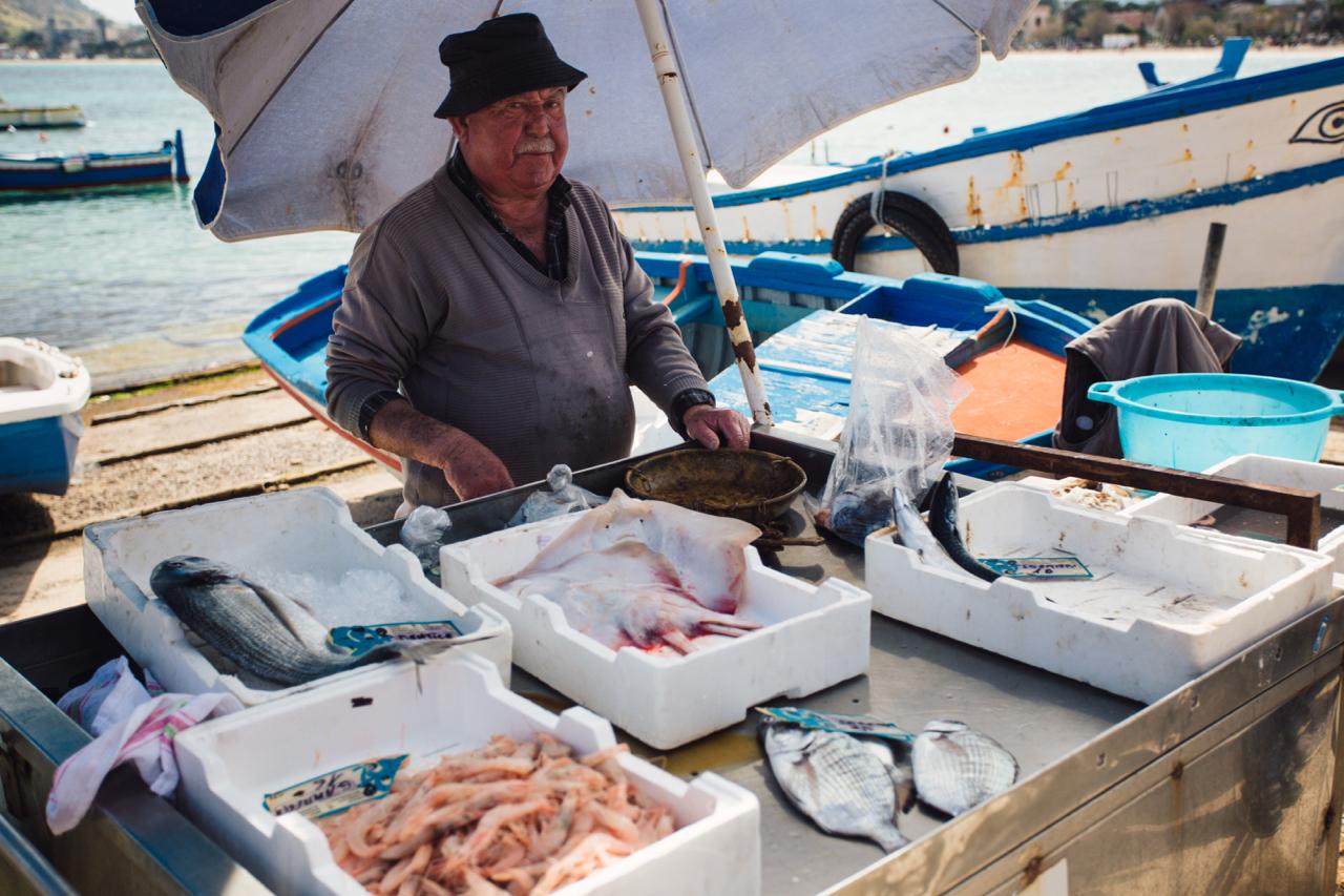 palermo venditore pesce