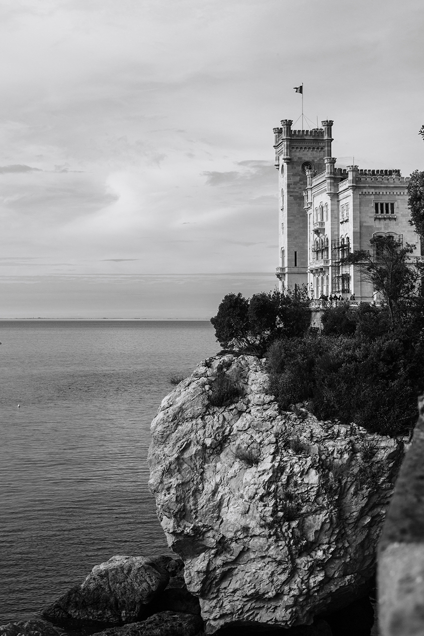 trieste miramare castle black and white