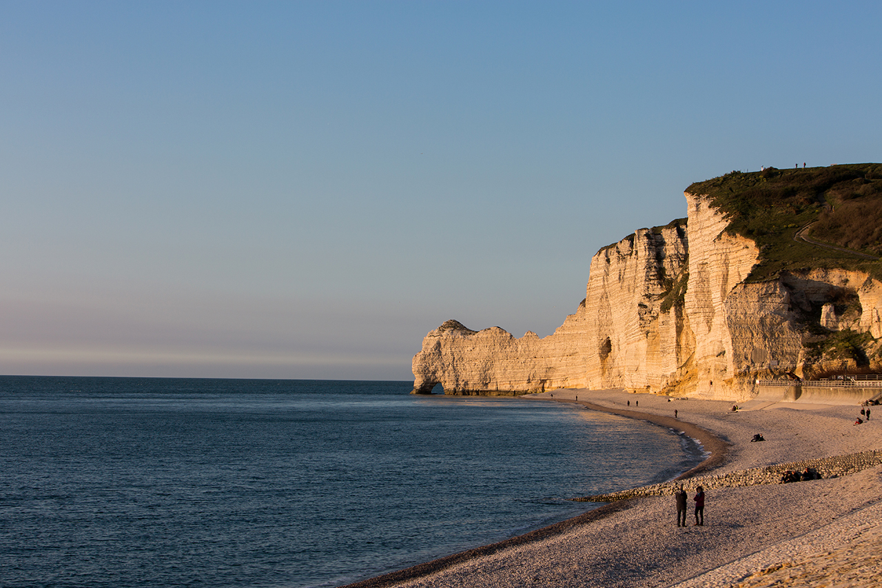 ètretat beach sunset