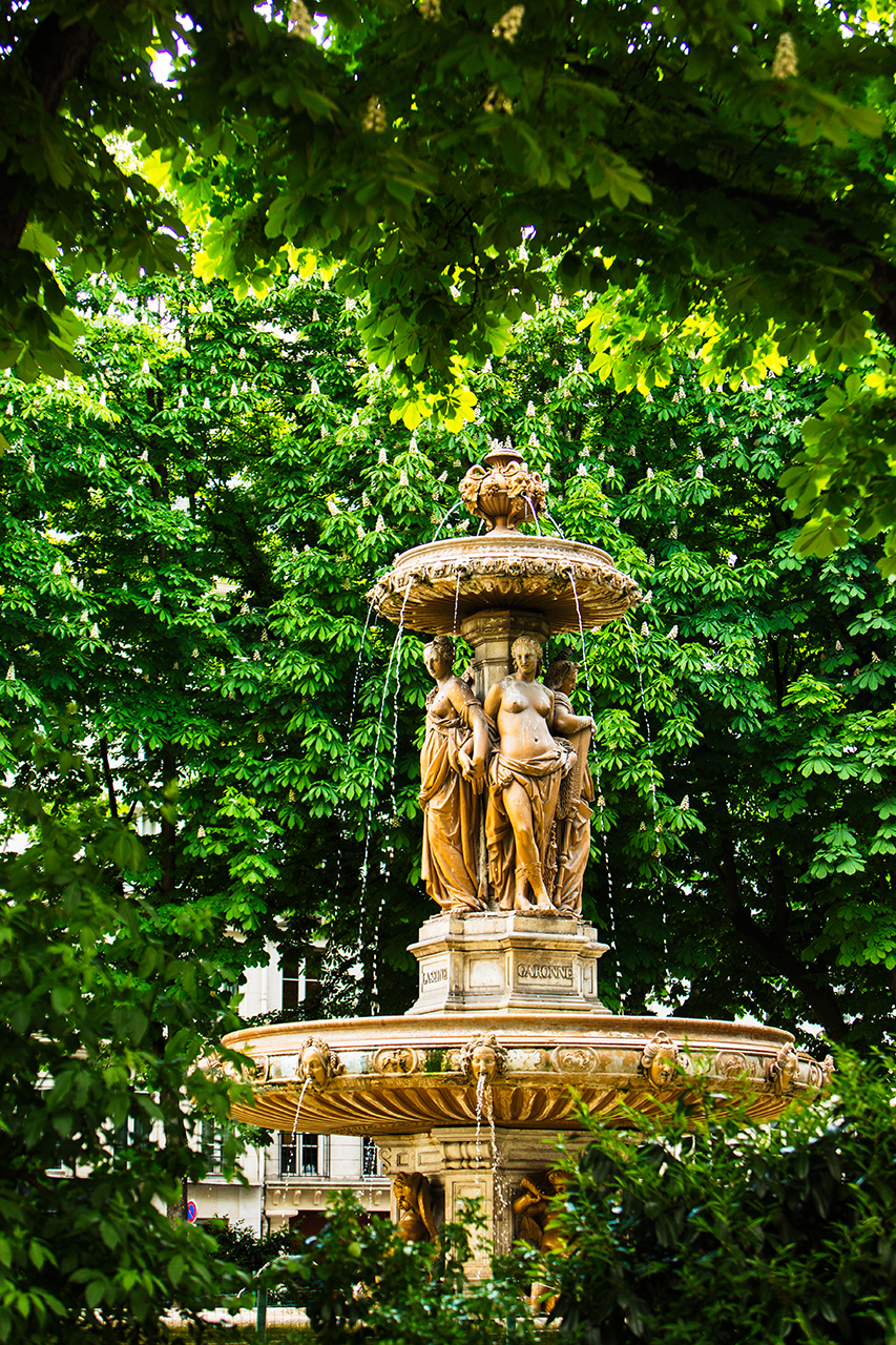 Paris Fountain Louvois
