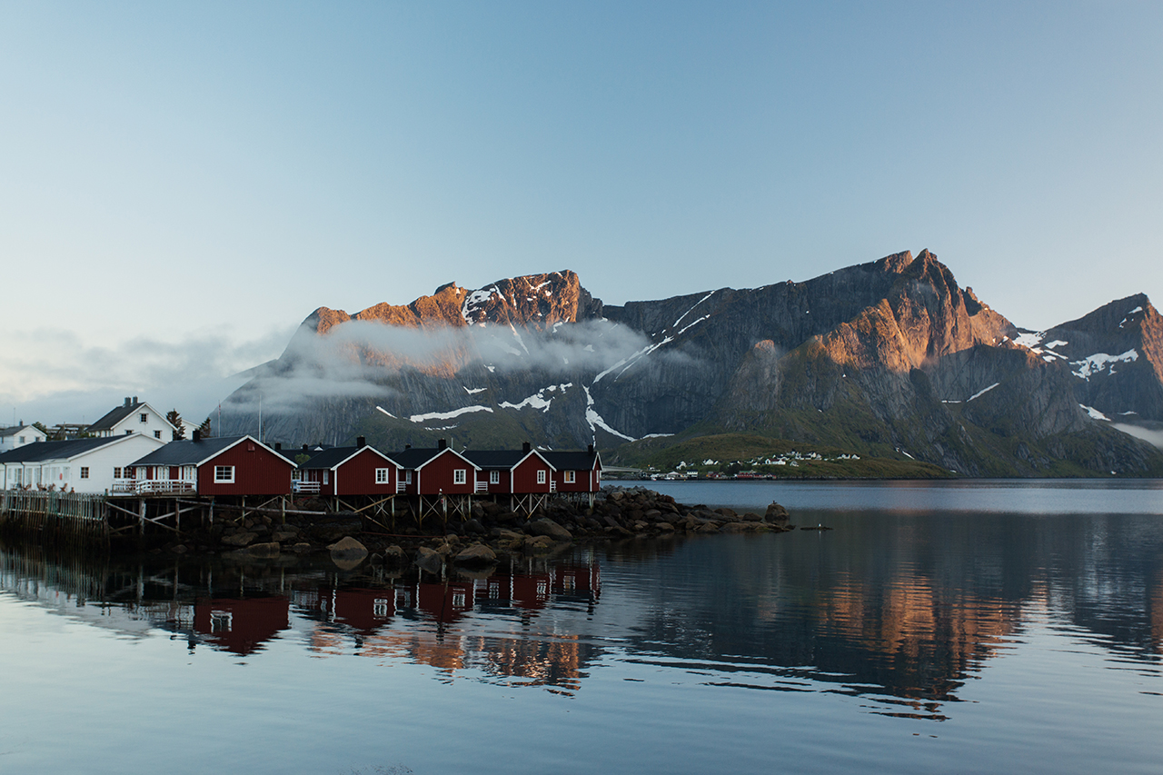 hamnoy lofoten evening