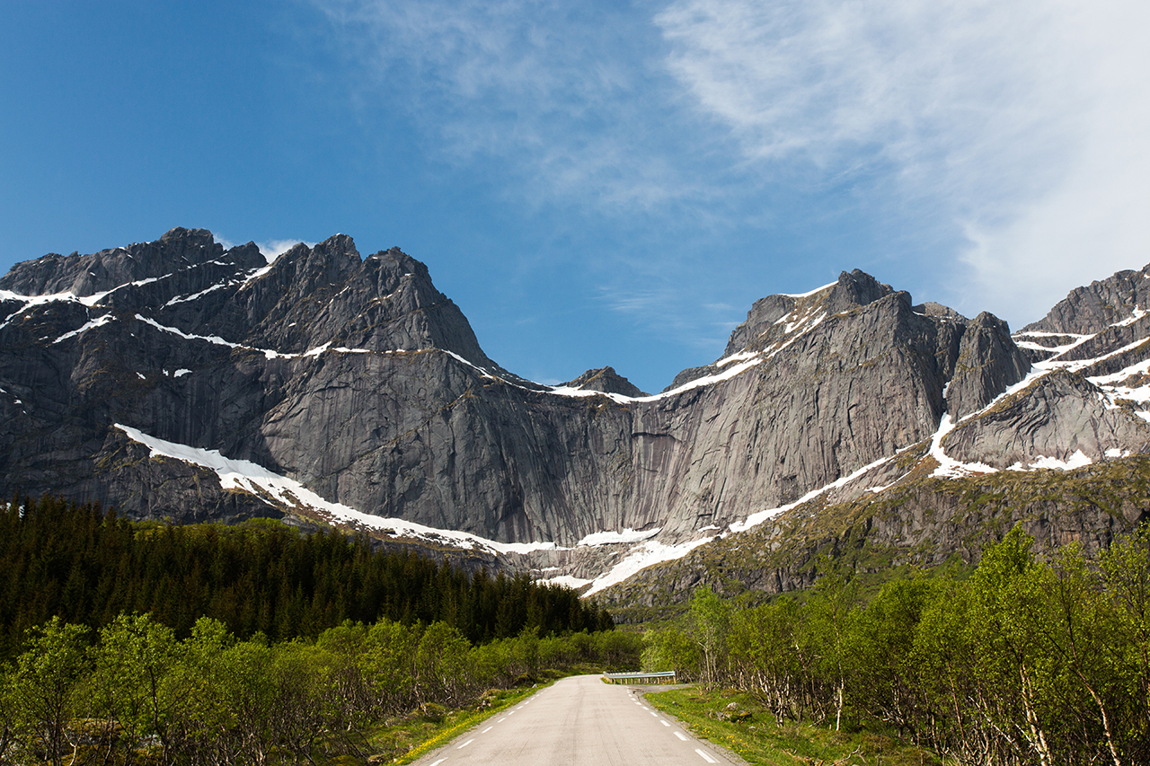 lofoten nusfjord road