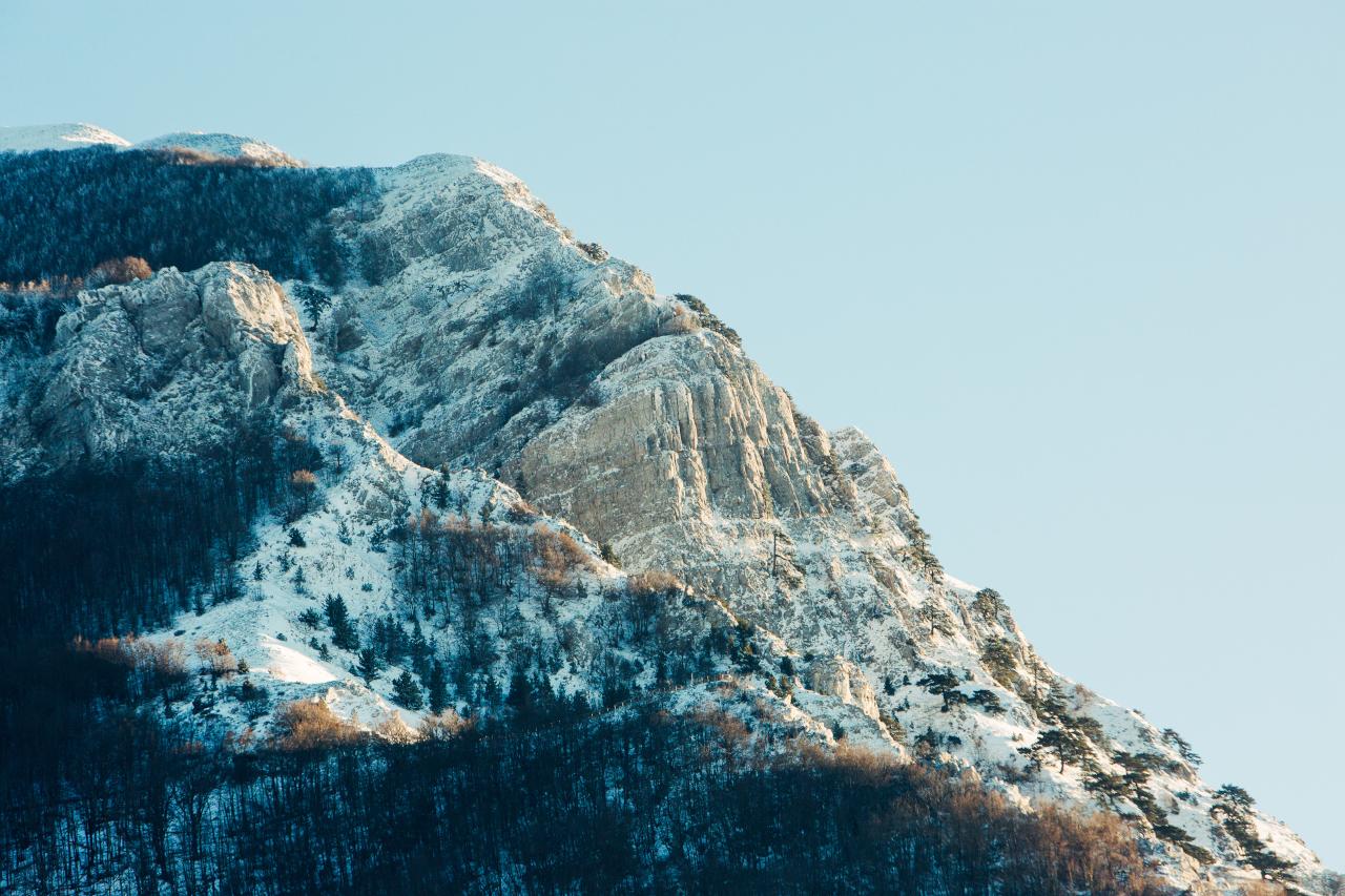 monte alpi innevato