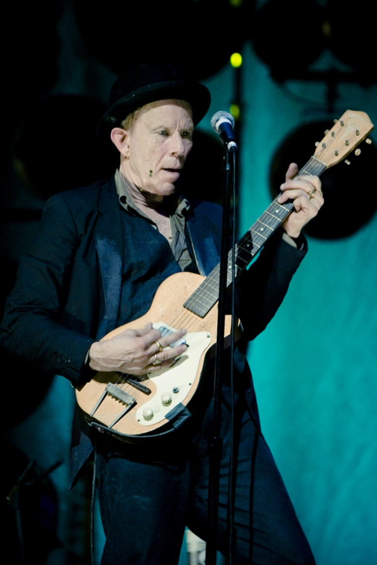Tom Waits – Goin out west