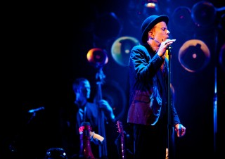 Tom Waits – Blue Waits