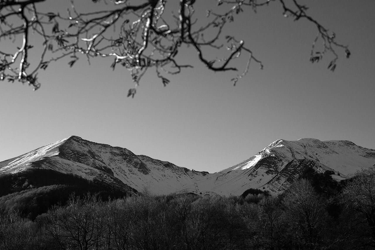 monte sirino alba bianco e nero