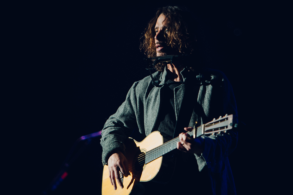 chris cornell call me a dog
