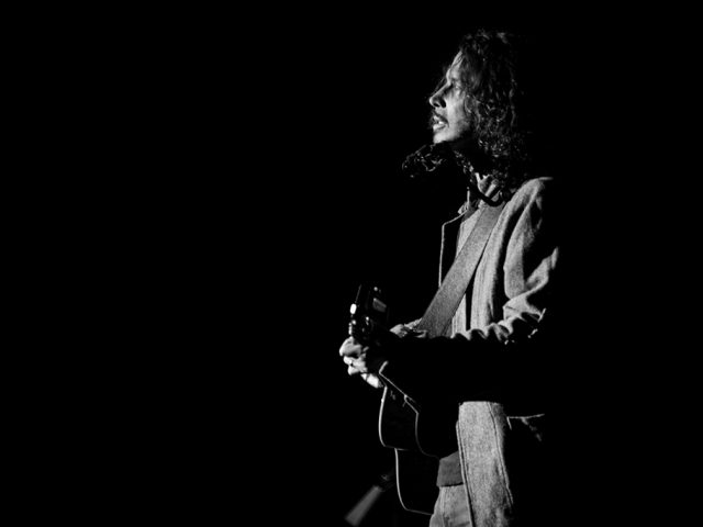 Chris cornell – Fell on black days
