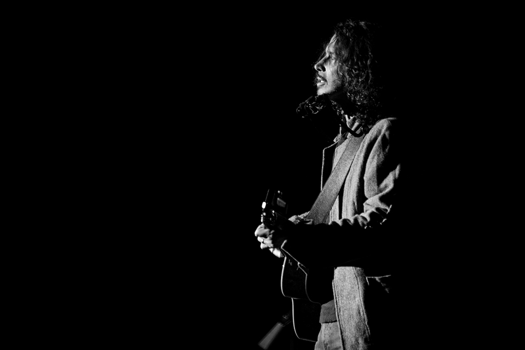chris cornell fell on black days