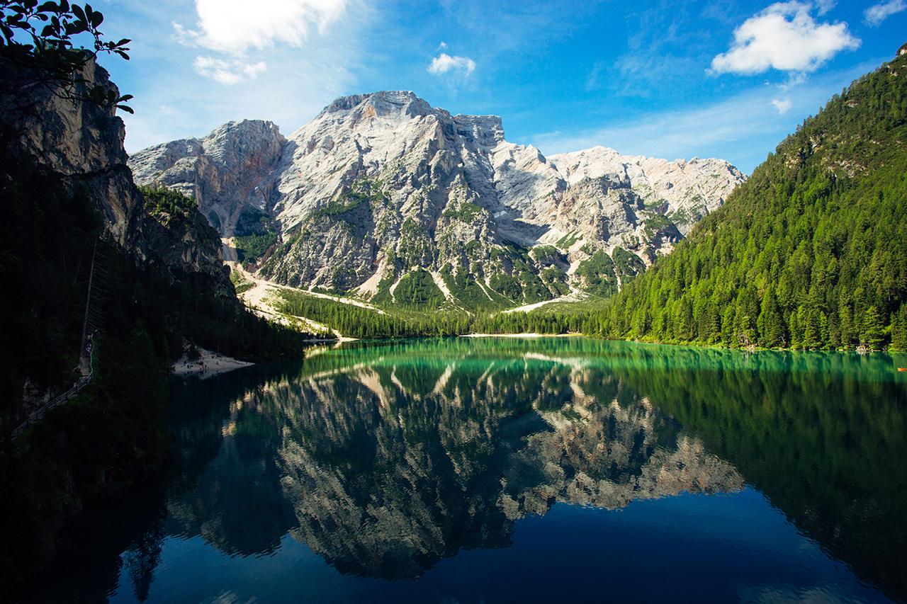 lake braies croda becco