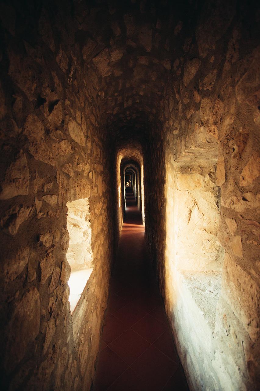 lagopesole castle inside
